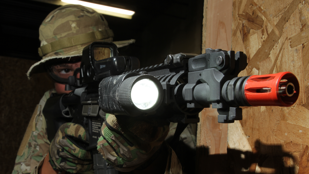 Review: VFC V3X Tactical Illuminator Flashlight